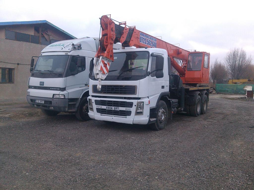 KTA DS185 T på chassis VOLVO FM 9-300 DS185 T mobilkran